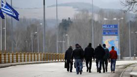 Bulgaria opposes 'unreasonable' Greek plans for refugee camp near border