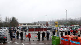 UK supermarkets SWAMPED with panic buyers amid Covid-19 crisis, as product rationing falls on deaf ears (VIDEOS, PHOTOS)