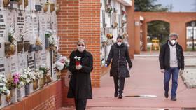 Spain's coronavirus death toll rises by 514, reaches 2,696