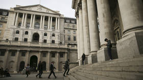 European stocks rise on hopes massive US cash injection will lift global economy