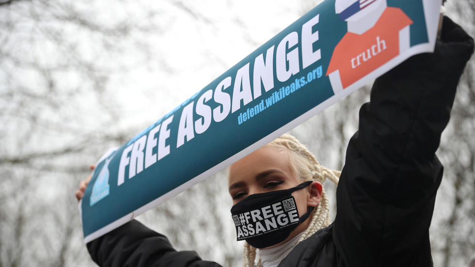 'Virtual march' to mark Assange's year in UK custody amid widespread Covid-19 lockdowns