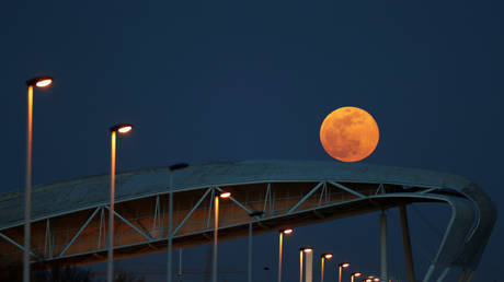 Light up your lockdown: Pink supermoon on the way this week