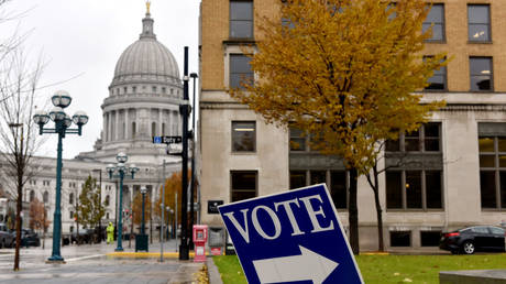 A polling place sign near the state capitol in Madison, Wisconsin, November 6, 2018. (FILE PHOTO)