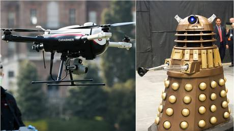 Italian police drone vs. Dalek: which would you rather have around during a pandemic? © Reuters / Pool / Massimo Pinca