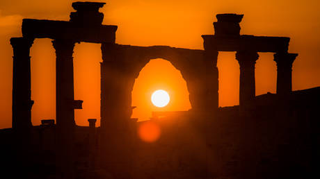 The Syrian historic city of Palmyra during the sunset. © Sputnik