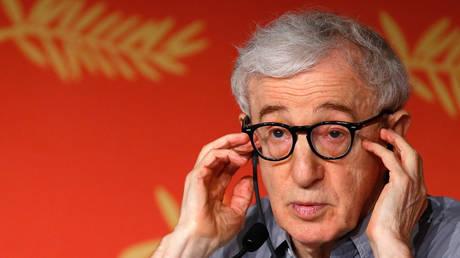 FILE PHOTO: Woody Allen © Reuters / Yves Herman