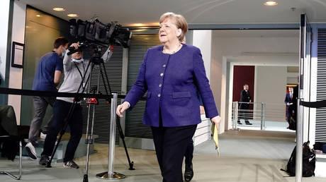 German Chancellor Angela Merkel at the Chancellery in Berlin, April 30, 2020. © Reuters / Kay Nietfeld / Pool