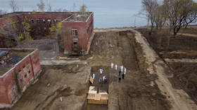 Covid-19 'mass graves' on New York's Hart Island spark frenzy of fake news amid grim reality
