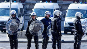 Belgian mayor denounces violence & vows investigation after death of lockdown-flouting teen sparks riots