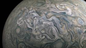 Fresh Jupiter snaps make gas giant look like breathtaking piece of modern art (VIDEO, PHOTOS)