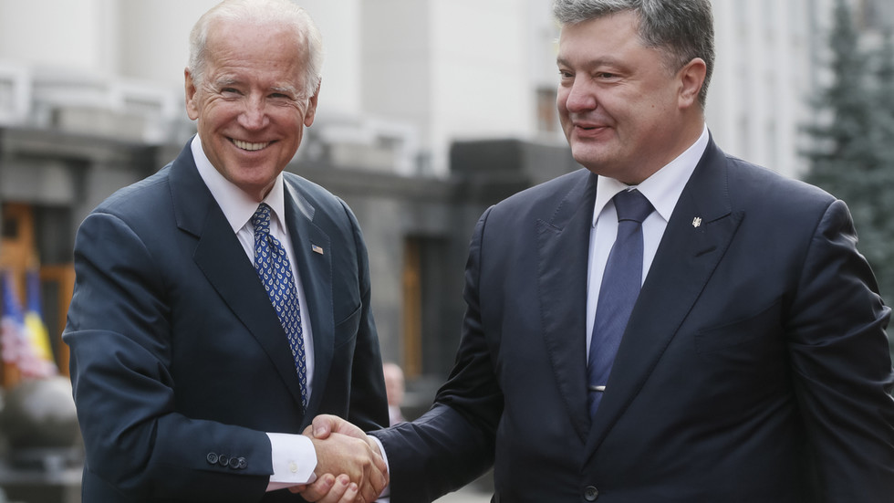Zelensky calls for probe into leaked Biden-Poroshenko calls