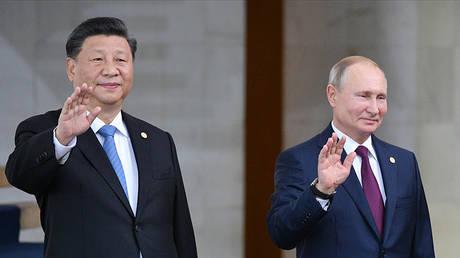 Vladimir Putin and XI Jinping © Sputnik / Ramil Sitdikov