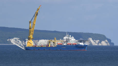 The Akademik Cherskiy off the island of Rugen, Germany, May 12, 2020 © Global Look Press / dpa / Stefan Sauer