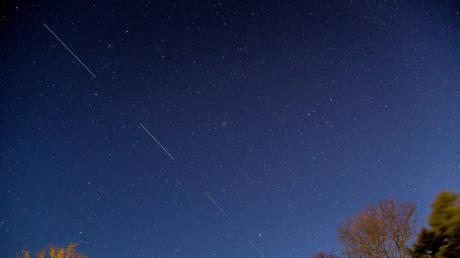 Starlink satellites in the sky above Svendborg © Reuters / Ritzau Scanpix Denmark