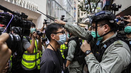 Majority voice non-democratic? Amid new Hong Kong turmoil, MSM piece grills Chinese students who voted down pro-protest resolution