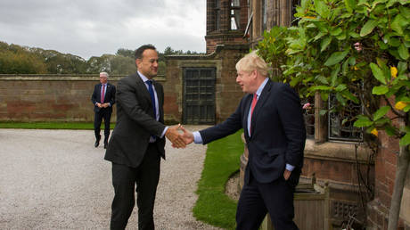 Irish PM Varadkar says govt may need to prepare for 'no-trade deal' Brexit