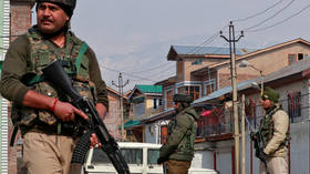 High-ranking Indian military staff killed in prolonged hostage rescue operation in Kashmir