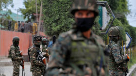 Indian troops kill three militants & top commander in Kashmir operation