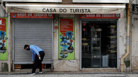 Portugal's 'doors are open to tourists' as EU's doors are still closed
