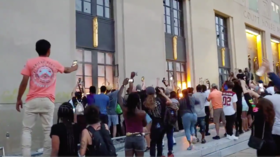 Nashville courthouse vandalized & set on FIRE as riot police try to disperse anti-brutality protesters with tear gas (VIDEOS)