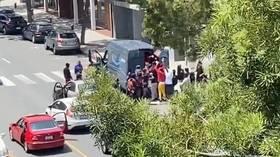 Shops, Amazon truck RANSACKED in Santa Monica as LA police & SWAT struggle to stop looting spree (VIDEOS)