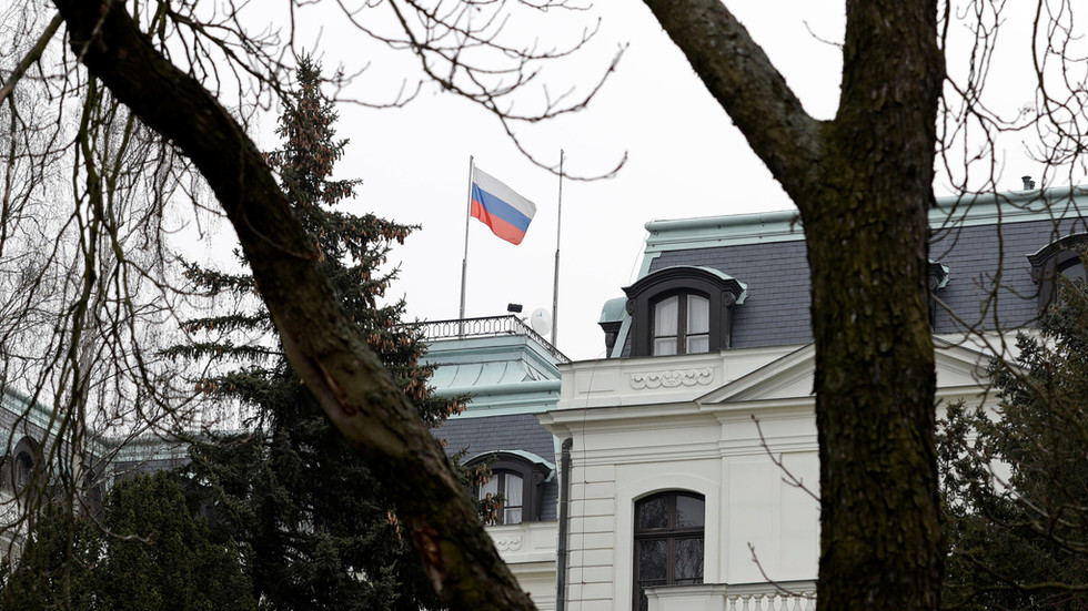 Moscow slams Prague for 'fabricated provocation' as false 'ricin poisoning plot' leads to Russian diplomats' expulsion