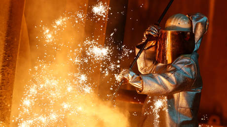 FILE PHOTO: A ThyssenKrupp steel factory in Duisburg, Germany © Reuters / Wolfgang Rattay