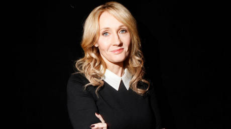 J.K. Rowling © REUTERS/Carlo Allegri/File Photo