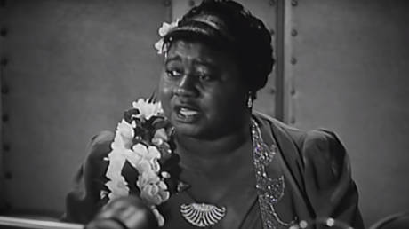 Actress Hattie McDaniel accepts the Oscar for Best Supporting Actress for her performance in 'Gone With The Wind' at the 12th Academy Awards in 1940.