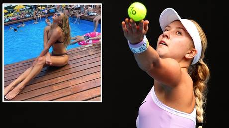 By the pool and on the court: Ansastasia Potapova