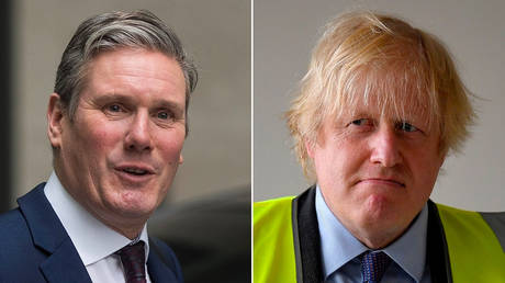 (L) Labour leader Keir Starmer © REUTERS/Simon Dawson (R) Prime Minister Boris Johnson © REUTERS/Toby Melville/Pool