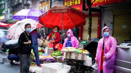 A street market in Wuhan, Hubei province, China May 14, 2020.