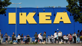 'Really missed those Ikea meatballs, huh?' HUGE queues as Swedish furniture giant reopens stores in England & N. Ireland (VIDEOS)