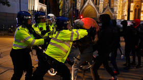 Cops and protesters brawl in London, as PM declares demonstrations 'subverted by thuggery'