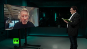 Pink Floyd co-founder Roger Waters condemns Israel's annexation of West Bank, warns of nuclear war! (E895)