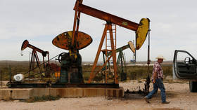 US trade deficit grows as oil exports drop in May