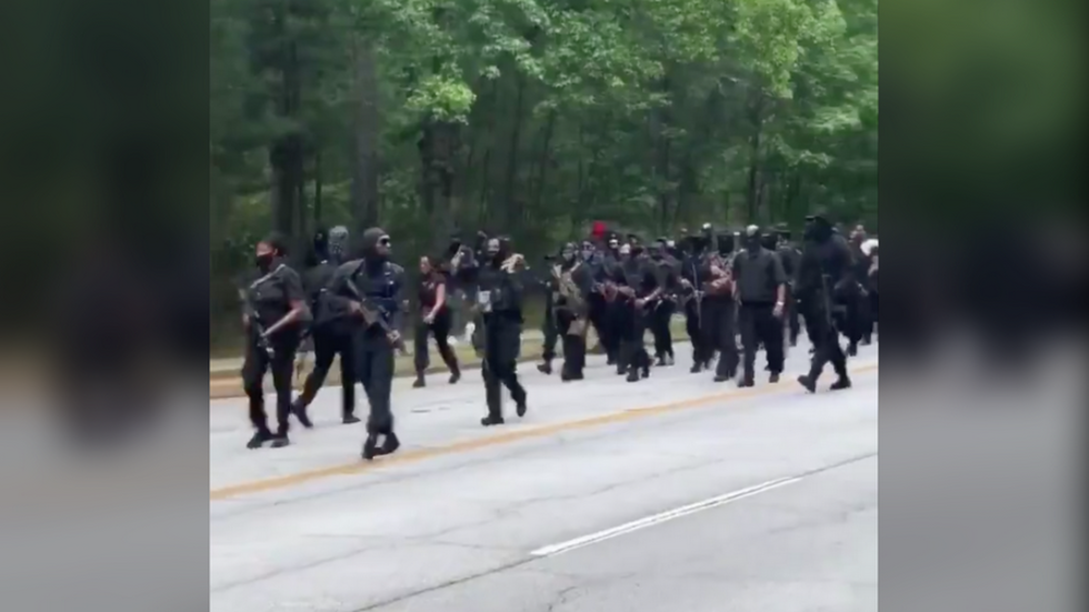 Predicted US Civil War seems closer and closer: BLM militia marching in Georgia