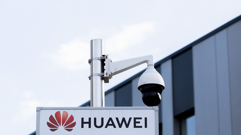 UK telecom firms warn rushing to phase out Huawei 5G gear will take years & cost billions