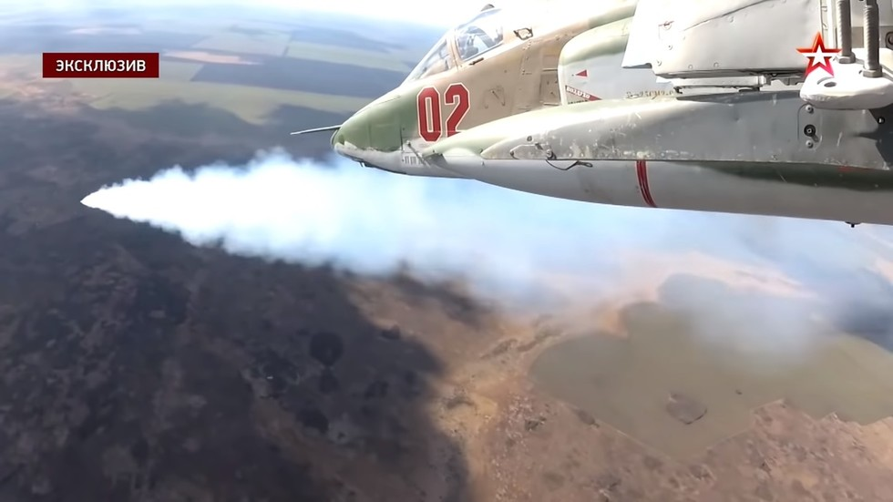 Watch military pilots test MOST ADVANCED version of Russian 'flying tank' Su-25, filmed in detail from cockpit