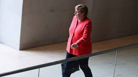 German Chancellor Angela Merkel arrives to attend a session of the lower house of parliament Bundestag, in Berlin, Germany July 1, 2020. ©Reuters / Fabrizio Bensch