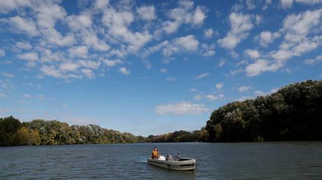 River Tisza near Tiszafured, Hungary, October 1, 2019. © Reuters / Bernadett Szabo