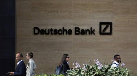 Deutsche Bank agrees to pay $150MN fine over ties to Jeffrey Epstein - rt