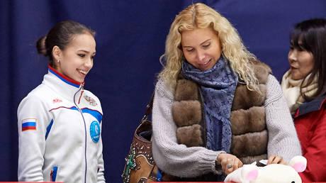 Eteri Tutberidze and Alina Zagitova © Sputnik / Alexei Danichev