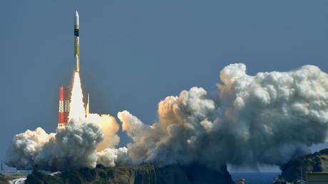 A H-IIA rocket. © Reuters / Kyodo