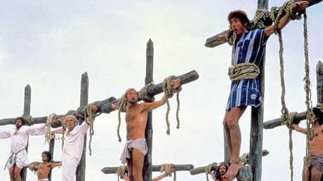 Graham Chapman, Eric Idle, Terry Jones, and Michael Palin in Life of Brian (1979) Dir: Terry Jones © Mary Evans Picture Library 2010
