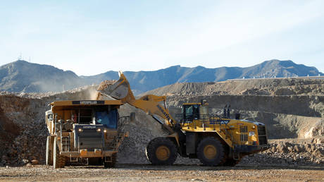 FILE PHOTO: The MP Materials rare earth mine in Mountain Pass, California © Reuters / Steve Marcus