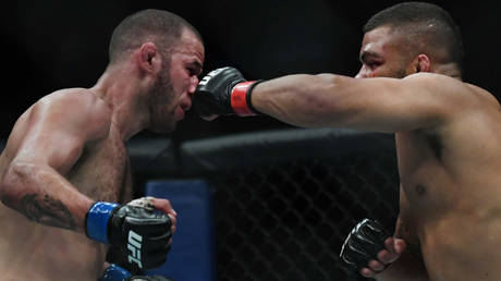 Eric Spicely lost to Deron Winn at UFC Fight Night in June 2019   © Adam Hagy / USA Today Sports via Reuters
