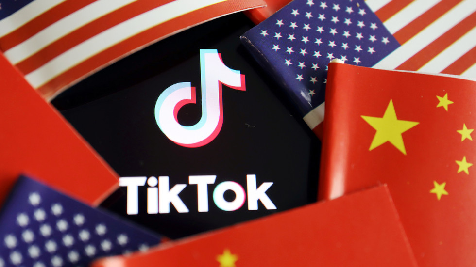 Trump will act on TikTok and other Chinese software companies 'in the coming days' – Pompeo