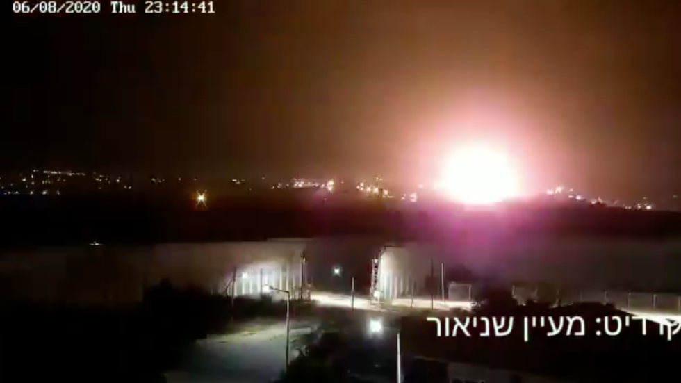 Israel strikes 'underground terror infrastructure' in Gaza in retaliation for 'explosive balloons' (VIDEOS)