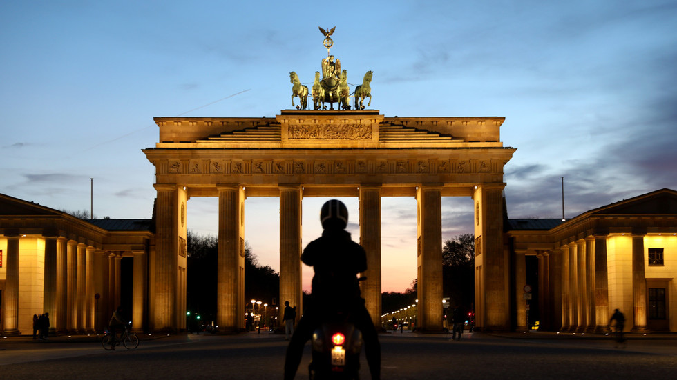German businesses fear Covid-19 restrictions may stick around for another year